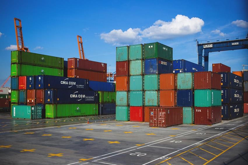 3. 貿易型モール出品タイプ